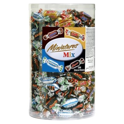 Billede af Mars Miniatures Mix Box 3000 g.